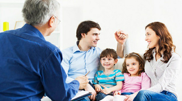 relación con la familia
