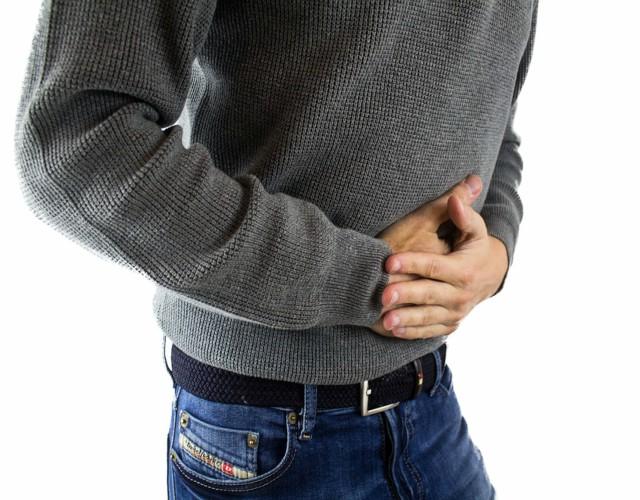 Cómo combatir la gastritis con remedios naturales