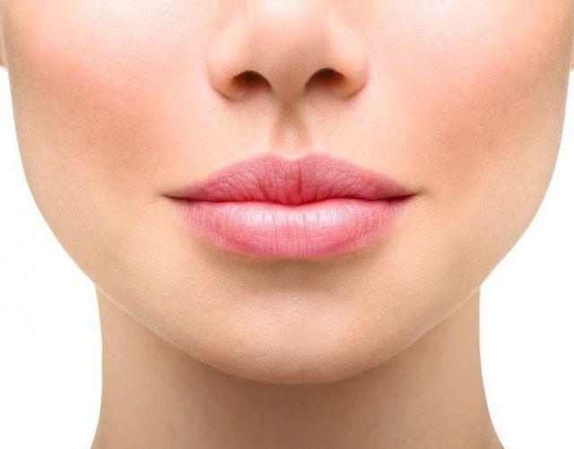 Cómo cuidar y dar volumen a los labios