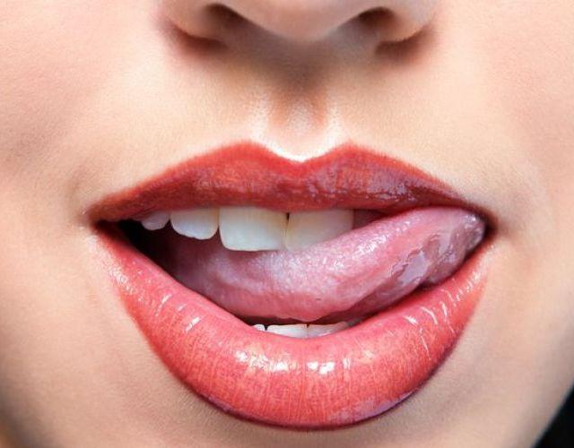 Causas de la lengua blanca