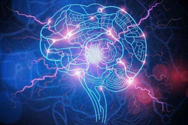 El individuo afectado, tiende a sufrir convulsiones o a realizar súbitos movimientos corporales de forma descoordinada y sin control alguno