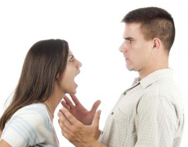 Culpables de crisis de pareja: estrés y móvil