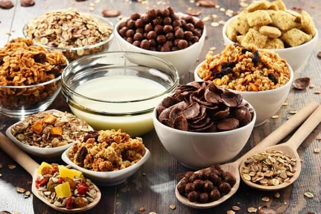 cereales integrales y refinados