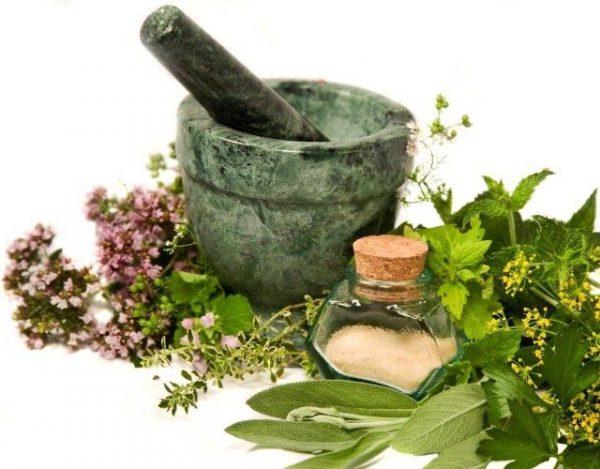 prevenir la retención de líquidos con remedios naturales