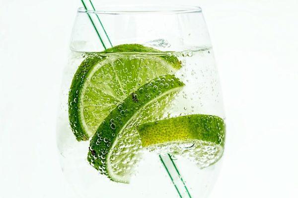 zumo de limón en ayunas