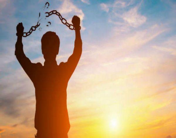 Las 4 leyes del desapego emocional