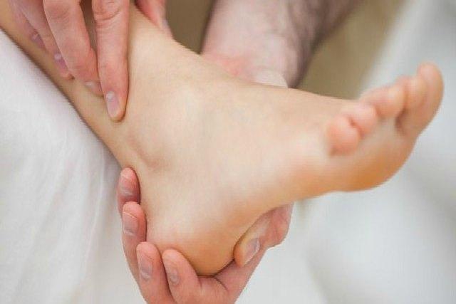 Ejercicios para fortalecer los tobillos débiles